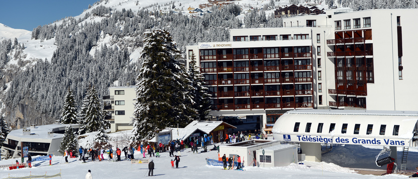 france_flaine_panoramic-apartments_exterior.jpg